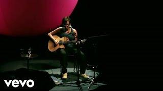 Maria Gadú - Podres Poderes thumbnail