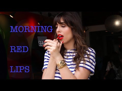 MORNING RED LIPS