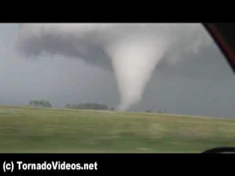 ARCHIVE: Extreme Manitoba tornado! Violent wedge! June 23, 2007