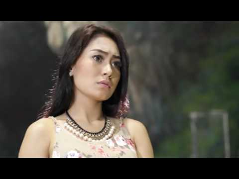 Vita Alvia - Sodo Lanang (Official Video)