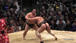 2017大相撲大阪春場所での千代の国 vs 隠岐の海の取組。軍配差し違えで...
