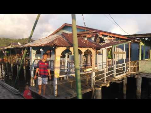 Walking Tour of Kampong Ayer Water Villages in Brunei's Capital (Part 2)