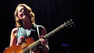 Brandi Carlile - Amazing Grace (unplugged) (Islington Assembly Hall, London, 13/02/2013)