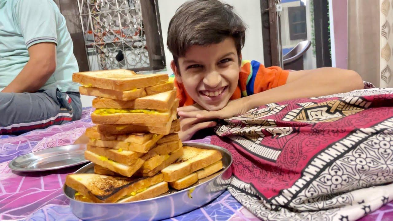 Desi Sandwiches Banaye Aaj  😅
