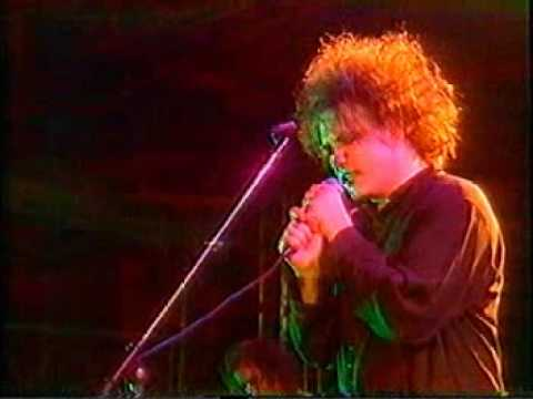 The Cure - Close To Me -  Live 1990