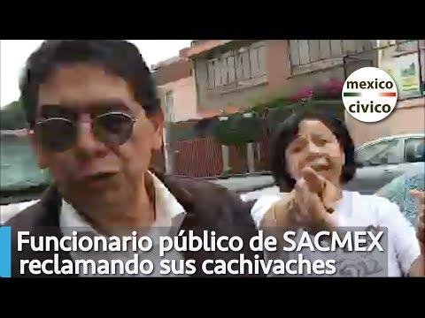 Funcionario público de SACMEX reclama sus cachivaches a charolazos | Ricardo Alemi