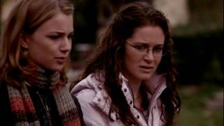 Everwood --  Amy Tries to Push Ephram Out of Her Mind