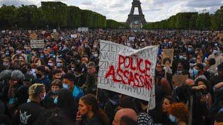 Ermittlung gegen rassistisch-gewaltbereite Polizisten in Frankreich