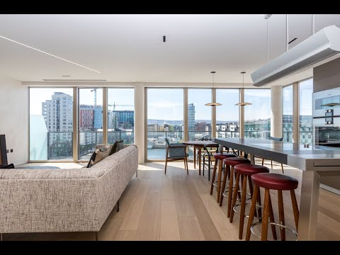 Stunning duplex penthouse on Hanover Quay in the heart of Dublin Docklands.