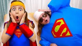 The TWO SUPERGIRLS - Super Fat & Skinny Story   Super Elsa