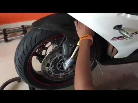 Triumph Daytona R - Wheel Balancing | Wobbling Fix