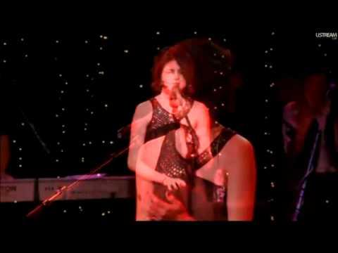 Selena Gomez I Won't Apologize текст. Selena Gomez & The Scene - I Won't Apologize (2010 Live  The Roxy Theatre) слушать онлайн композицию