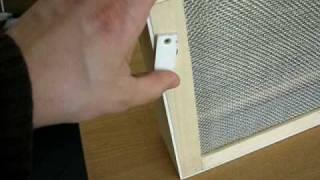 Video Izolator do poddawania matek pszczelich - drewniany na ramkę hoffmanowską download MP3, 3GP, MP4, WEBM, AVI, FLV Oktober 2017