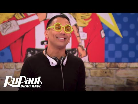 Reading Queens | S6 E6 | RuPaul's Drag Race