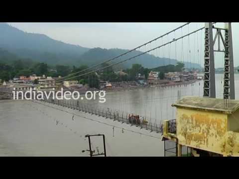 Lakshman Jhula � a suspension bridge across Ganga, Rishikesh