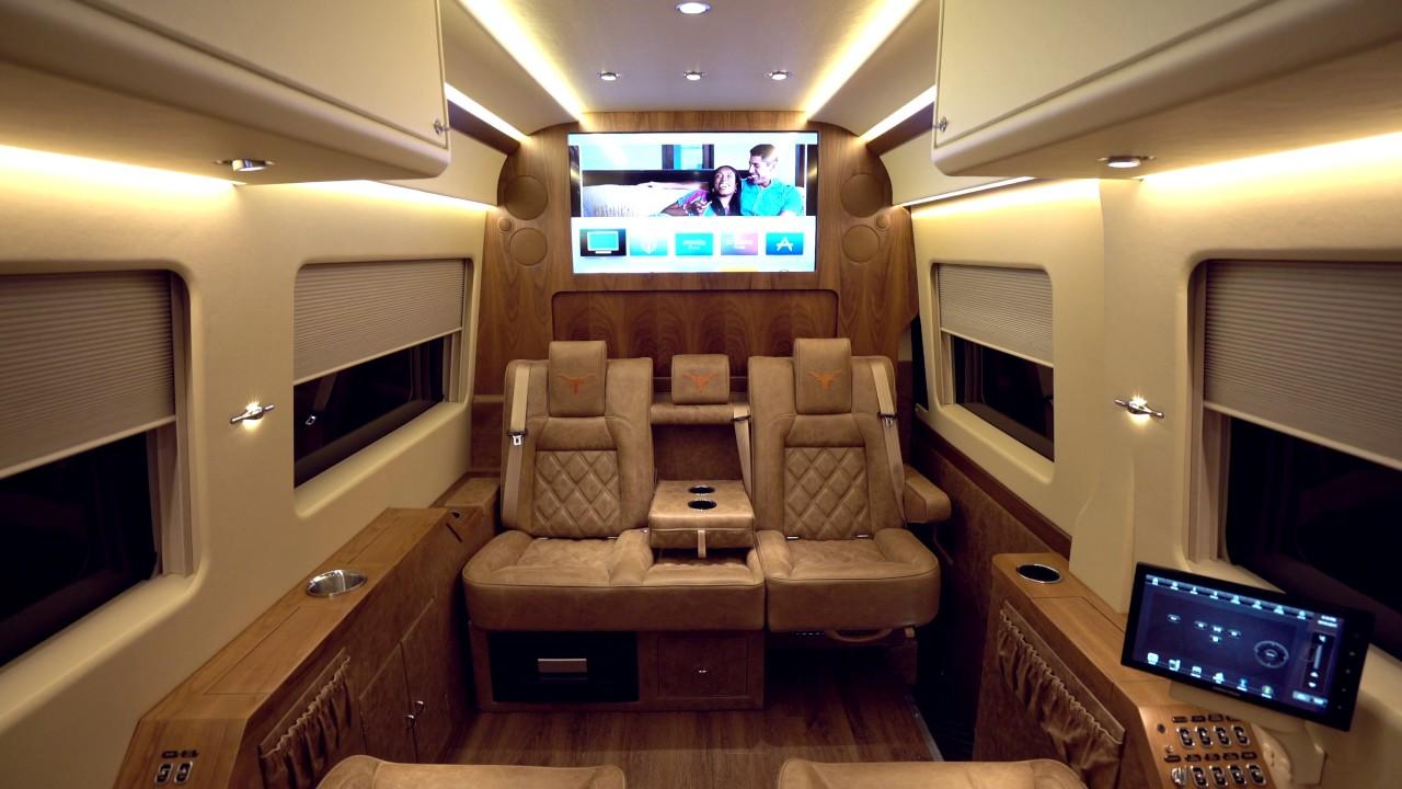 Becker jetvan mercedes benz sprinter youtube for Mercedes benz sprinter jetvan