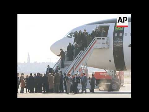 Gadhafi arrives in Madrid for official visit