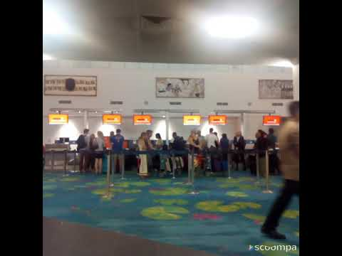 Farewell to EJ at Darwin airport