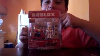 My first unboxing toy and TNT gaming is un boxing roblox toy awesome!!!!!!!