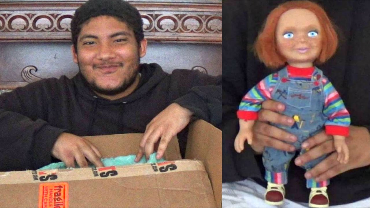 New Mezco Child S Play 2 Chucky 15 Talking Doll Unboxing