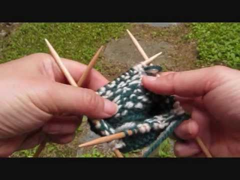 Woven floats in stranded knitting - YouTube