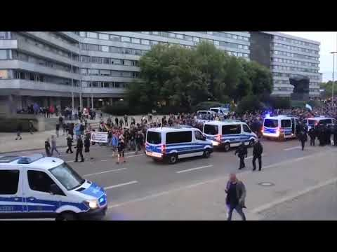 Riot police deployed in German city of Chemnitz amid protests