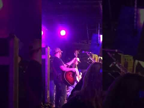 "Ed Sheeran ""Dive"" cover Luke Combs @the stone pony"