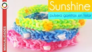 Repeat youtube video CÓMO HACER PULSERA DE GOMITAS CON BOLITAS INTERCALADA - SIN TELAR -  ☼ PULSERA SUNSHINE ☼