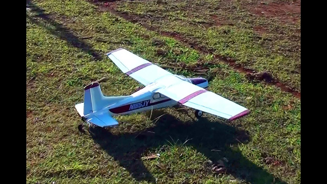 Download My 1300 mm Semi-Scale Cessna 185 with plan - RC Groups