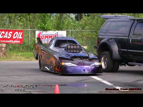 Top Alcohol Dragster and Funny Car