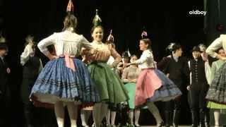 Repeat youtube video Forrás karácsony - Mezőföldi táncok
