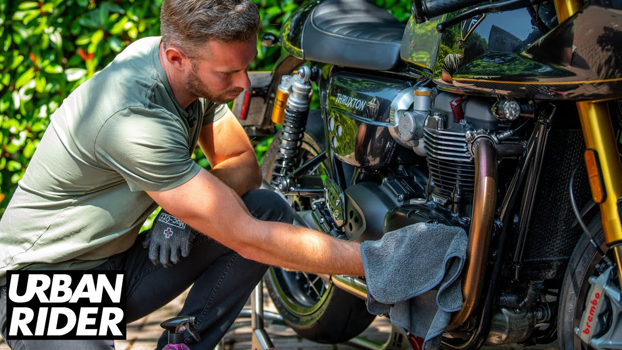 Muc-Off - Motorcycle Cleaning Made Easy - Tutorial - YouTube