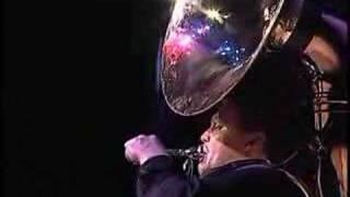 tuba beatboxing (Sousaphone really)
