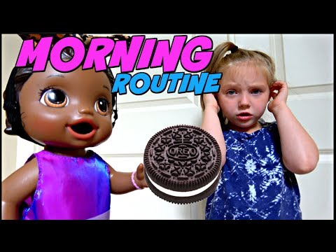 BABY ALIVE does her MORNING ROUTINE! The Lilly and Mommy Show. The TOYTASTIC Sisters. FUNNY SKIT!