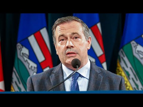 Jason Kenney to turf Alberta's embattled health minister: sources