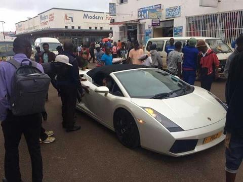 Lamborghini brings Harare to a standstill