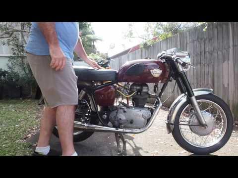 Royal Enfield Crusader 250 cc 1961 startup