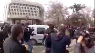 Активистки Фемен в Симферополе АР Крым 06 03 2014