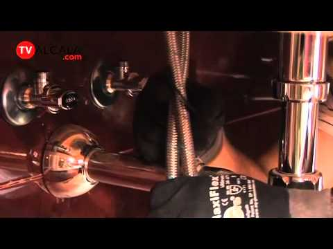 03 instalaci n grifo de cocina doovi for Como cambiar un grifo de cocina