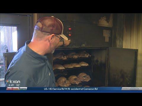 KXAN - Neighbors plan community Thanksgiving meal in Harvey-ravaged La Grange