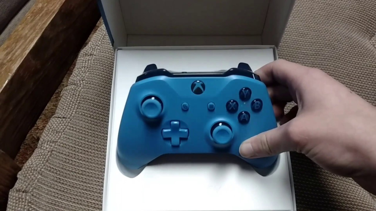 All Blue Xbox One S controller unboxing - YouTube