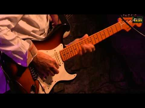 "(OFFICIAL) Eric Johnson band @ Accadia Blues 2012 - ""Manhattan"" - 21/07/2012"
