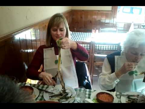 "Liz Bokisch in Spain describing how to eat ""Calcots"""