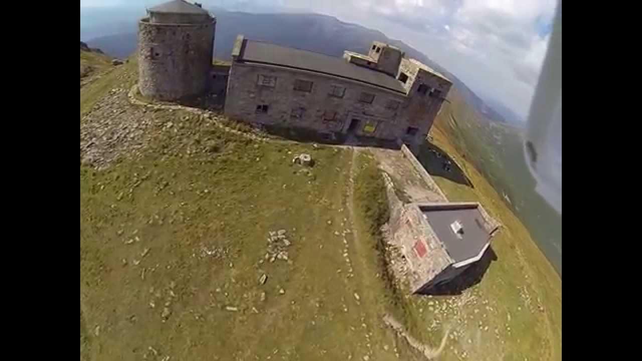 Вражаючий ролик бурі на горі Піп Іван оприлюднили у мережі (відеофакт)