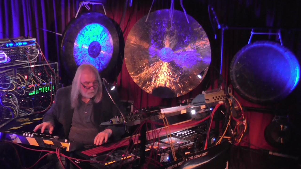 """Download Bernd-Michael Land mit """"Soundlandschaften""""; Live-Konzert im Maximal in Rodgau"""