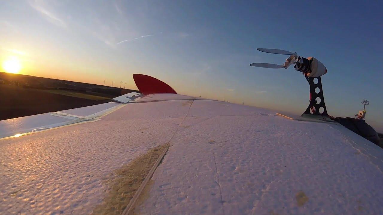FPV-Drohne landet im Flug auf Modellflieger - #FPVLandingChallenge #landherewithyourdrone фотки