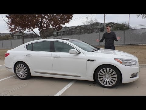 The Kia K900 Is an Unknown 60,000 Luxury Sedan
