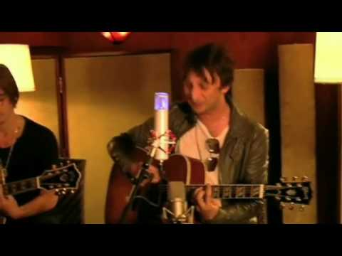 JET - Are You Gonna Be My Girl [Acoustic] [HD]