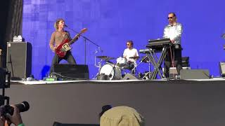 Pond - 30000 megatons - Corona capital 2018