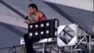 Twenty One Pilots - Car Radio  ---  On Top Of The Stage At Bonnaroo 2013